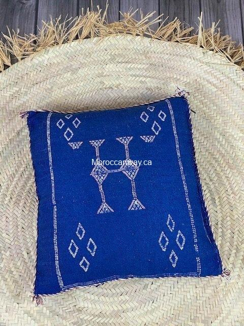 sabra silk pillow blue