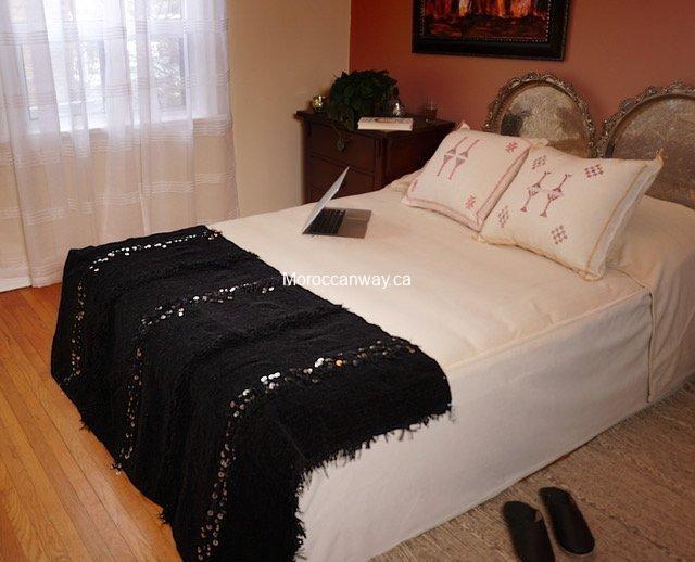 Small Handira Blanket Black